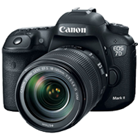 Canon EOS 7D Mark II DSLR Camera Kit with 18-135mm IS Nano USM Lens (PRIORITY DELIVERY + FREE ACCESSORY)