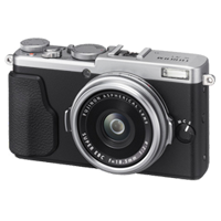 Fujifilm FinePix X70 16MP Full HD Digital Camera Silver (FREE INSURANCE + 1 YEAR AUSTRALIAN WARRANTY)