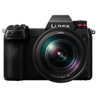 New Panasonic LUMIX DC-S1 With 24-105mm F.4 Digital SLR Camera (FREE DELIVERY + 1 YEAR WARRANTY)